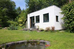 a simple low environmental impact garden office